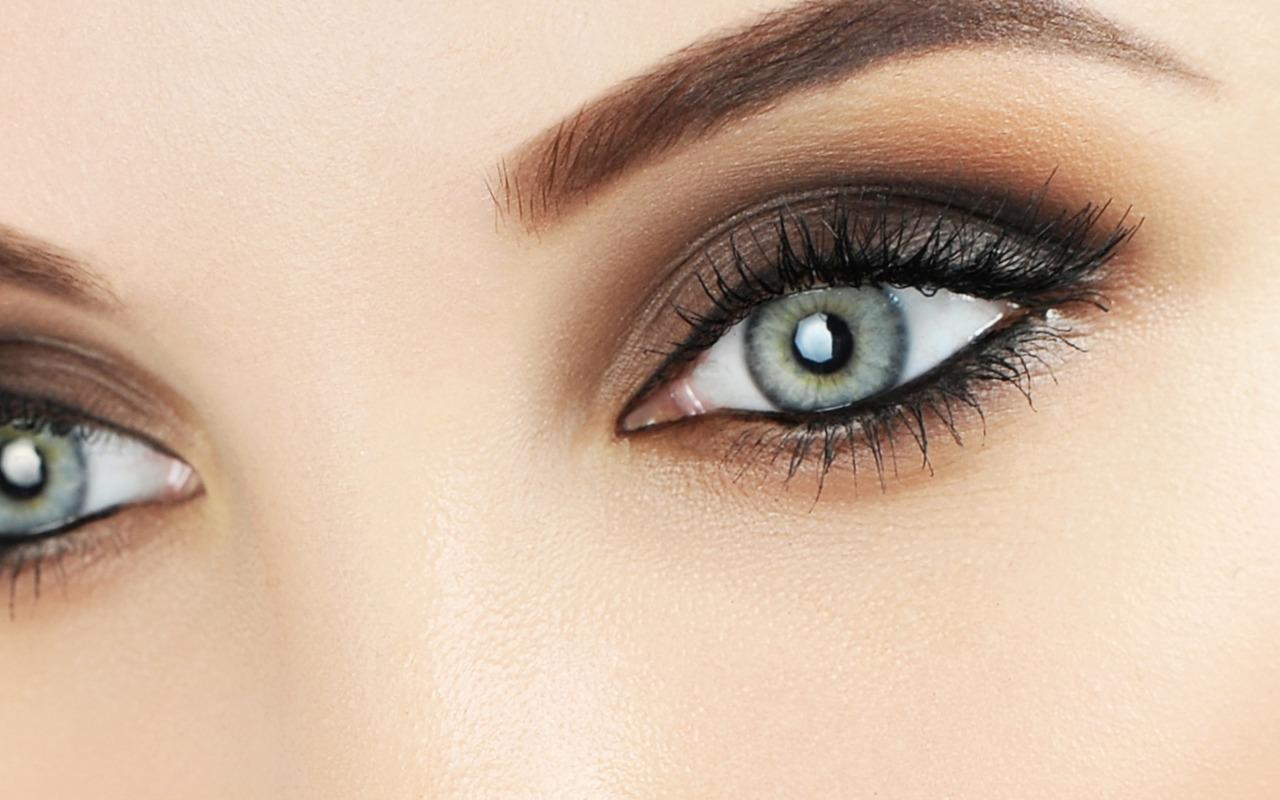 make-up-eyes-female