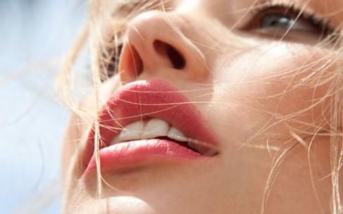 Идеальные губы: бережный уход