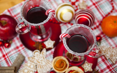 Соки на новогоднем столе: к каким блюдам какой подходит?