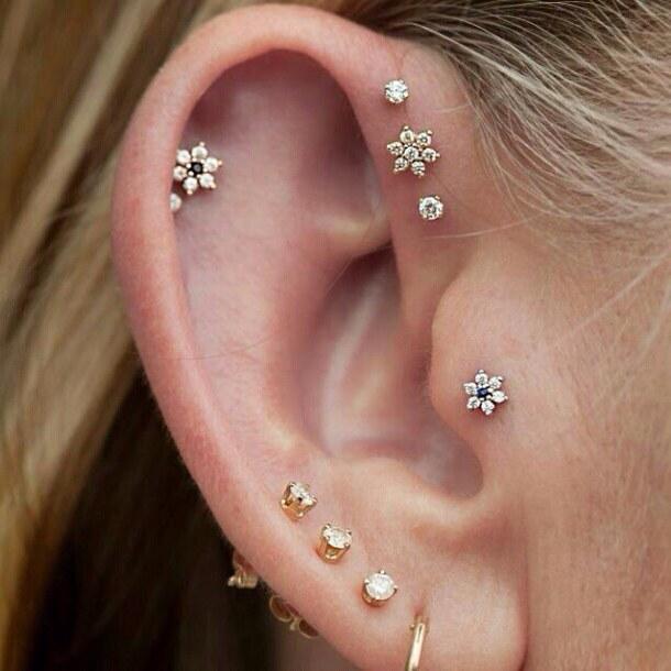 accessary-blonde-earring-gold-Favim.com-3976469