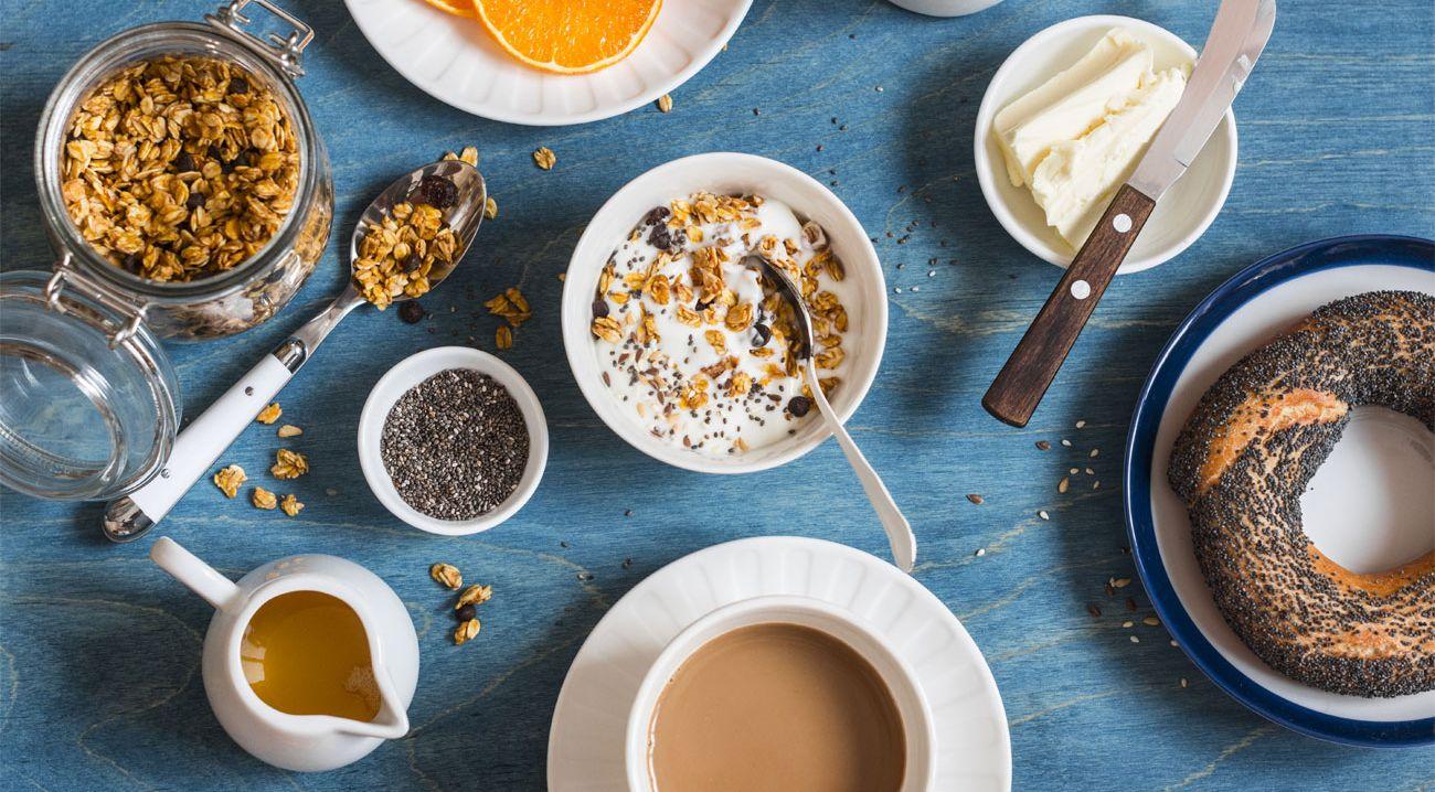 Диета по возрасту: продукты с гормоном молодости