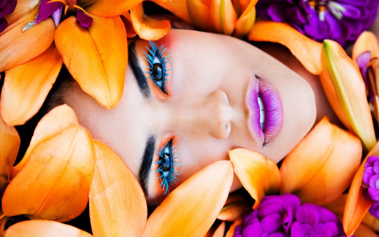 Как сделать глаза ярче с помощью макияжа
