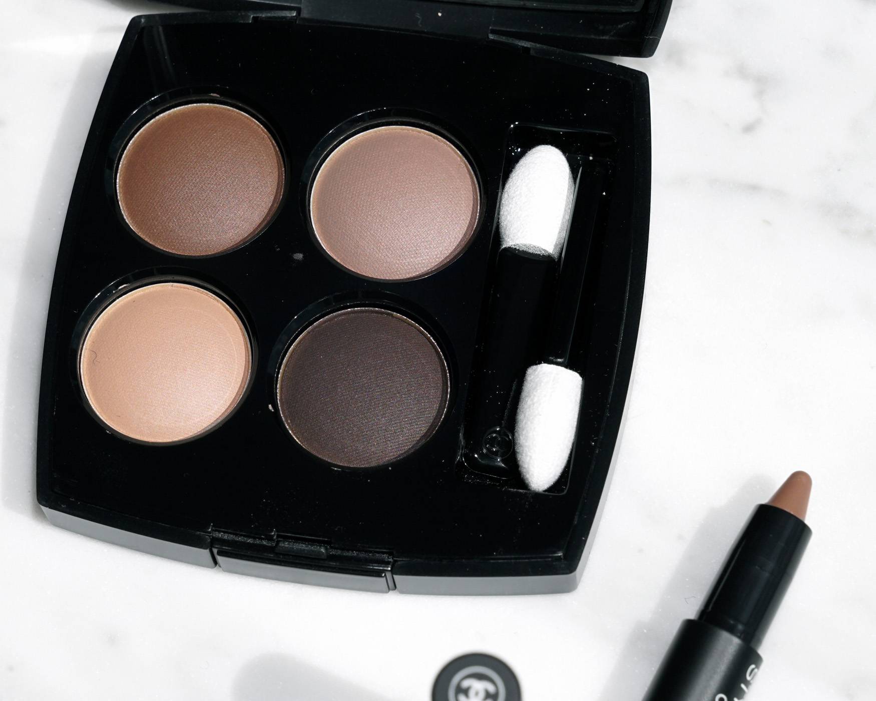Chanel-les-4-ombres-clairobscur-grisobscur