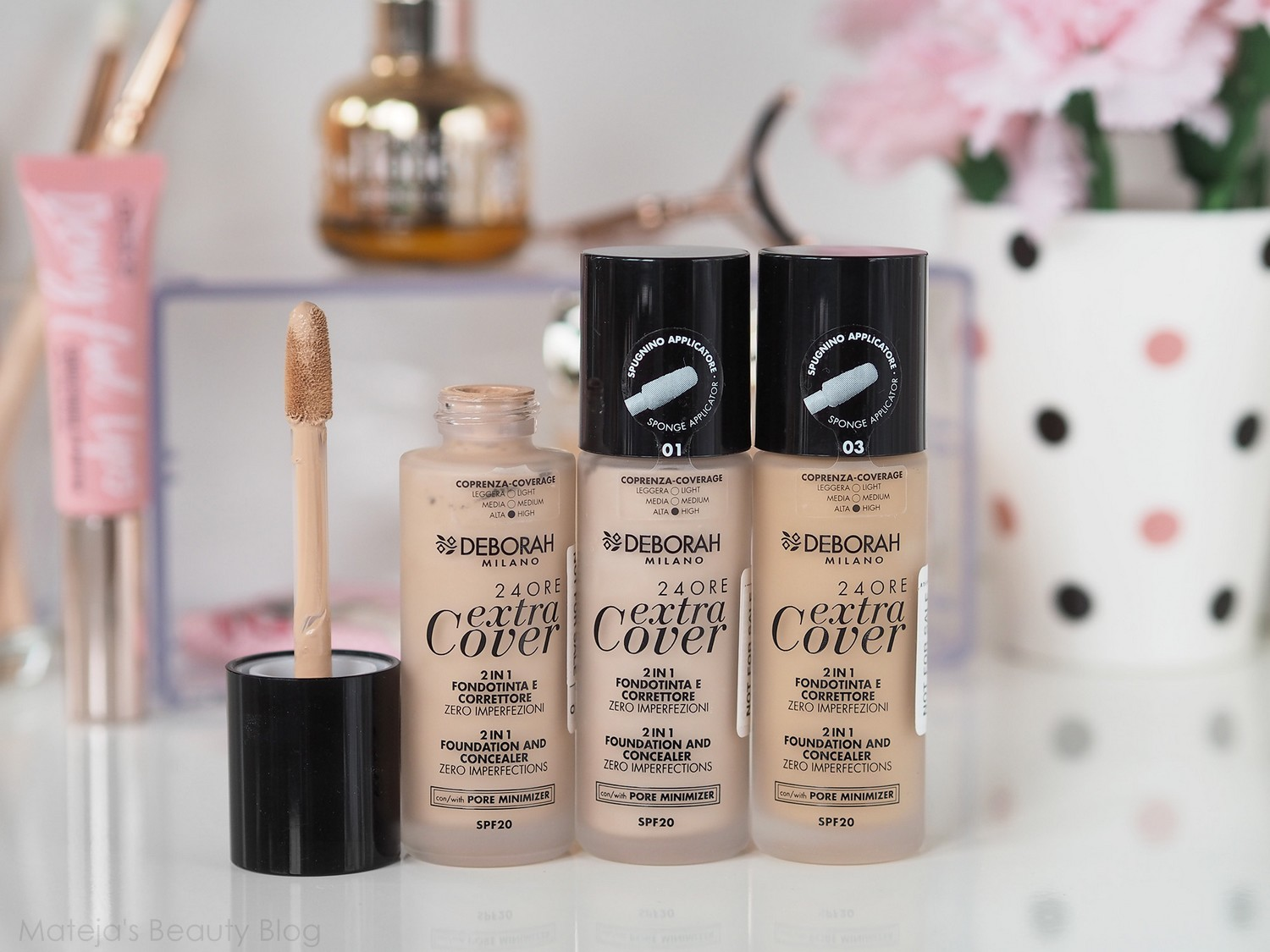 New in #74 6 Deborah Extra Cover Foundation