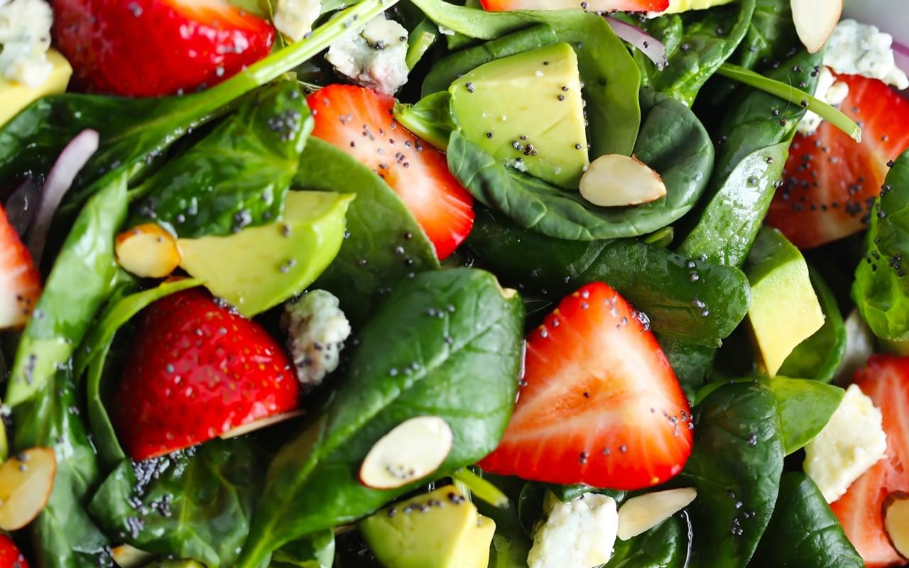 salad-strawberry-avocado