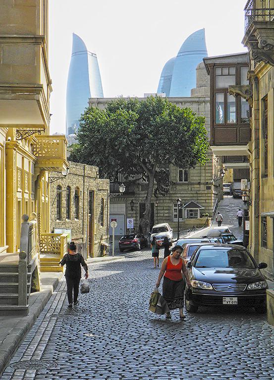 В Баку на День Святого Валентина!