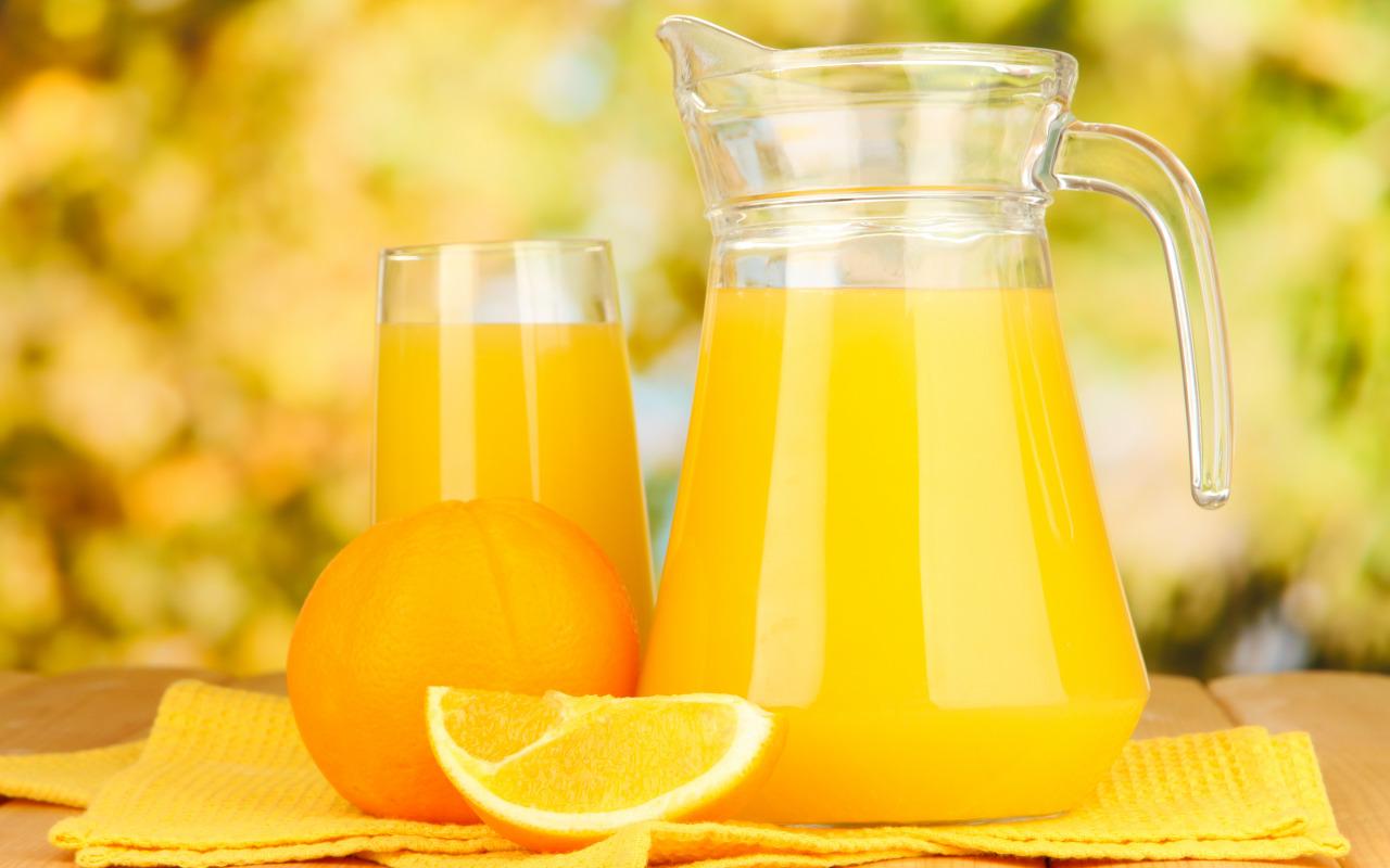 apelsin-sok-citrusy-frukty