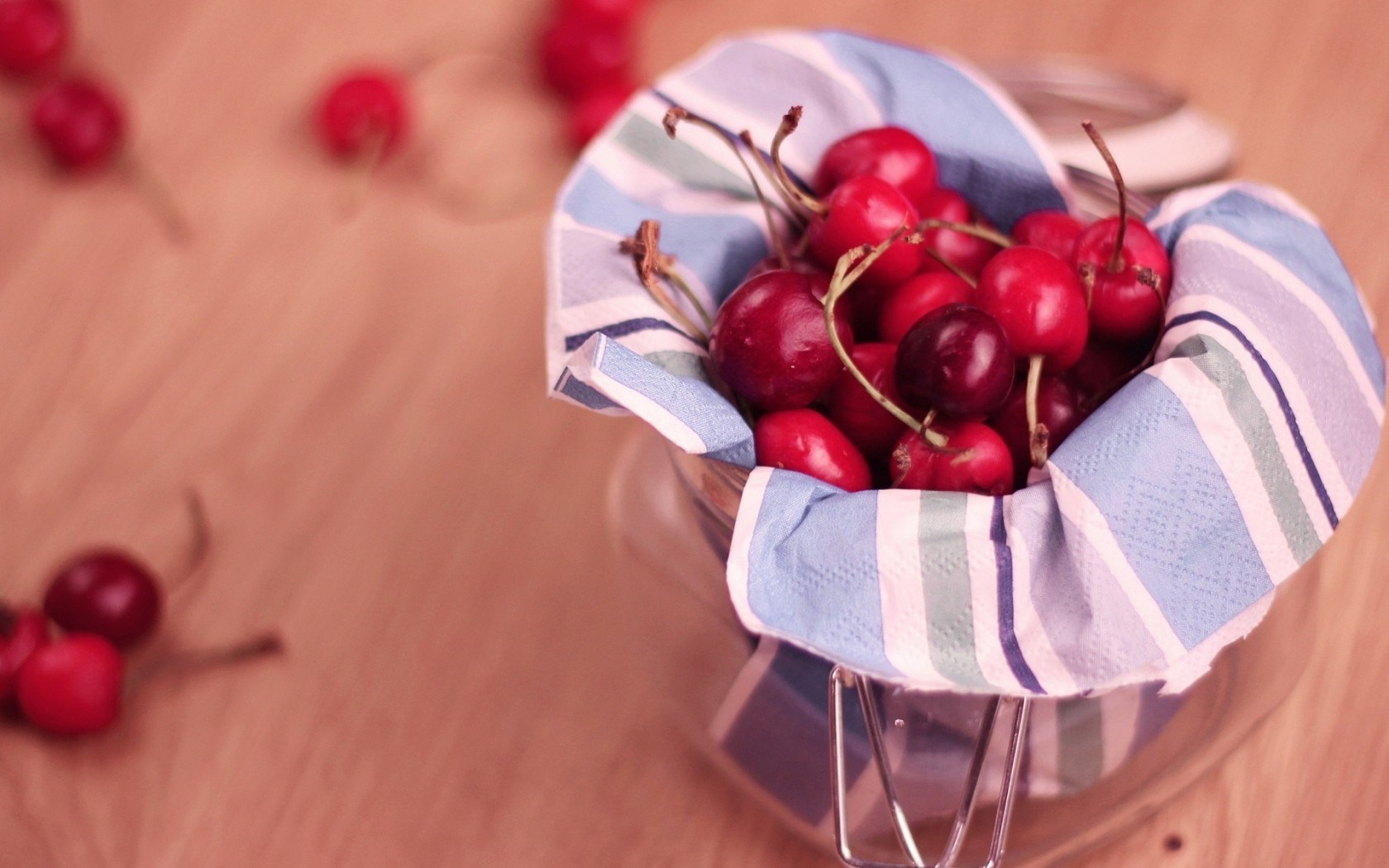 cherry-red-jar-hd-wallpaper