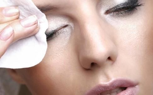 Лучшие средства для снятия макияжа по типу кожи