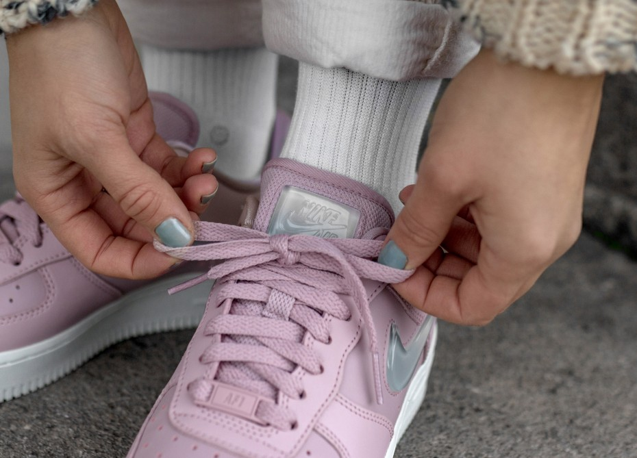 Трендовый розовый: Nike Air Force Premium Pink   SWJ