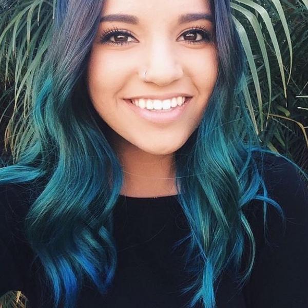 tpuue_hair_color_face_blue_black-hair