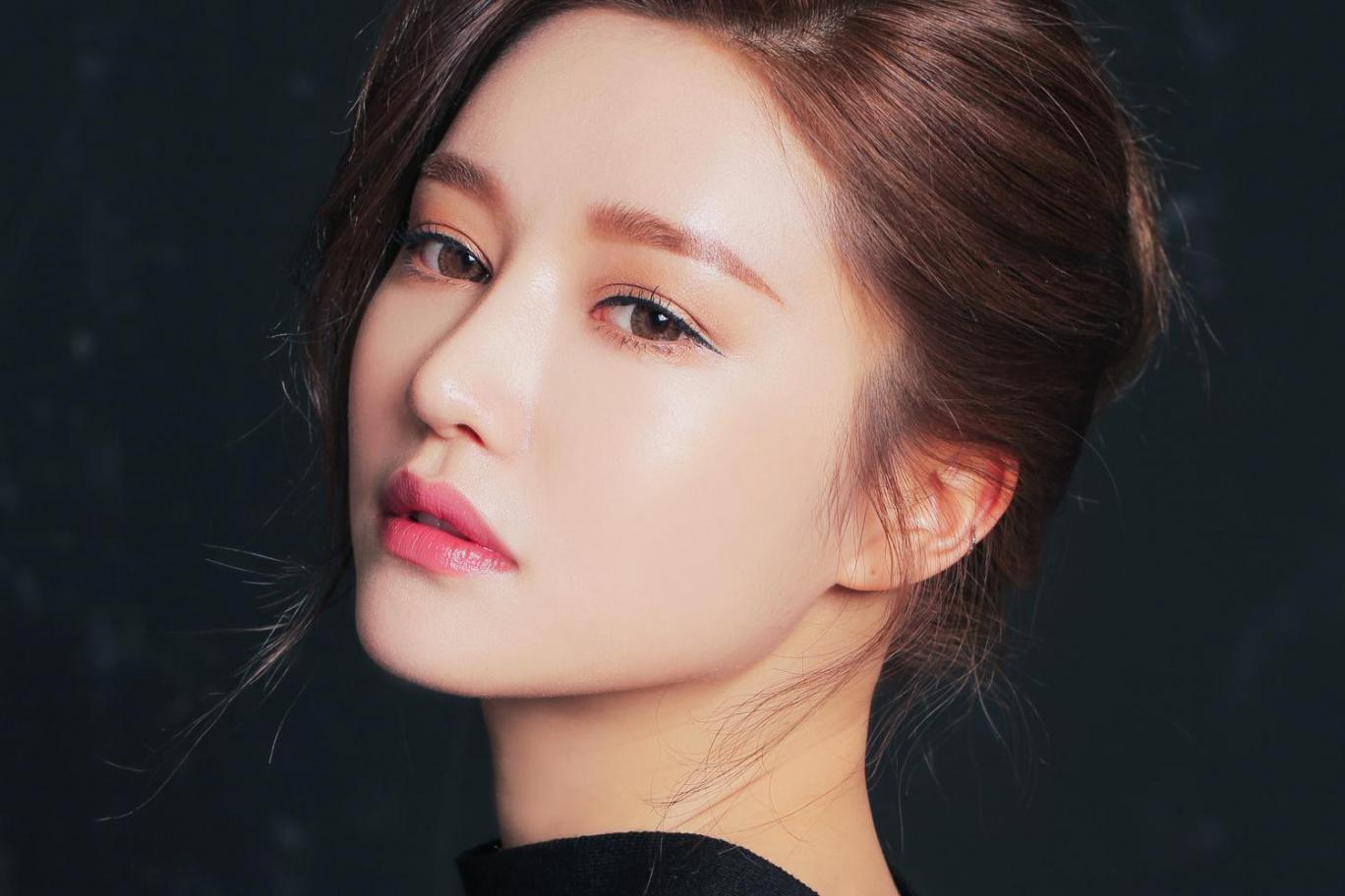 Проверенные приемы в увлажнении кожи у кореянок