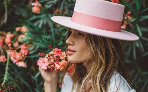 Самые модные женские шляпы сезона
