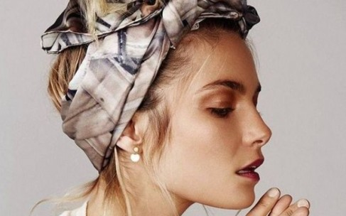 Тренд, который поможет спрятать несвежие волосы