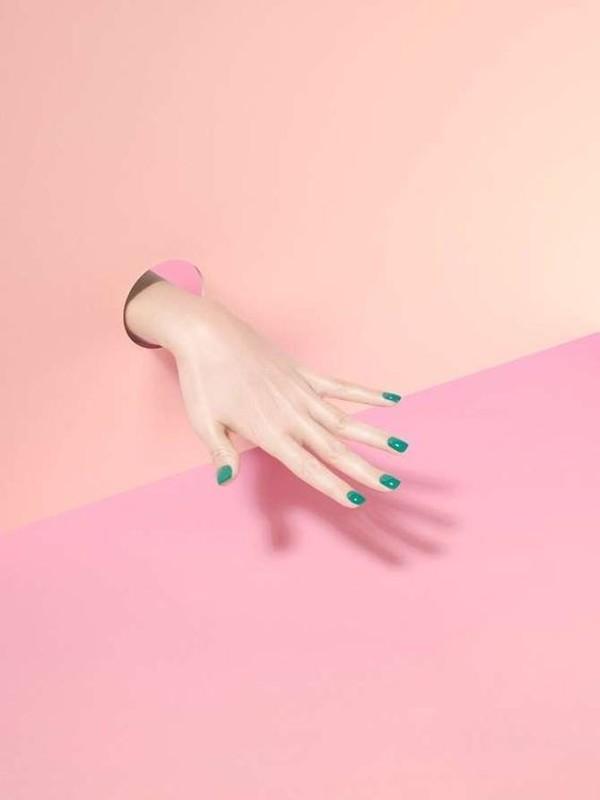 Полосатый маникюр — весенние идеи дизайна ногтей