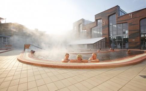 Лучший термальный курорт Венгрии – Хунгароспа