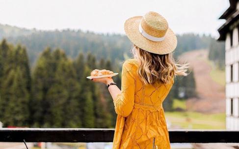 Как правильно носить летние шляпы?