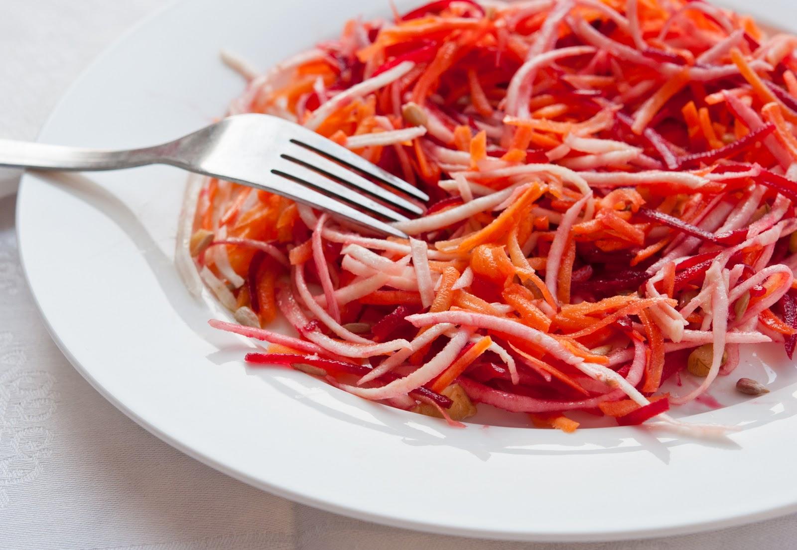 Летний салат с минимальным числом калорий