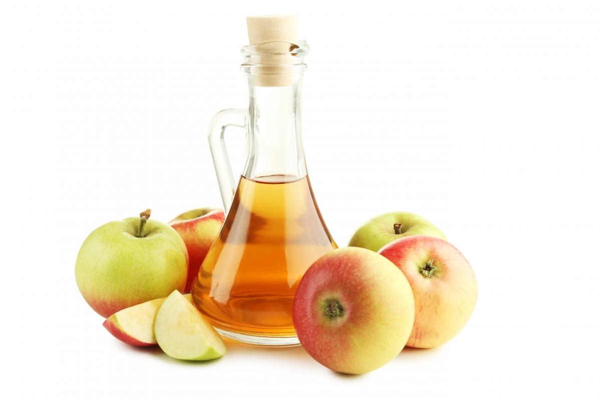 Яблочный уксус: польза для кожи