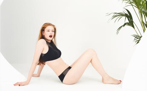 Девушки в нижнем белье — коллекция S by Sloggi