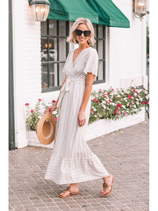 Какую обувь носить с длинным платьем?