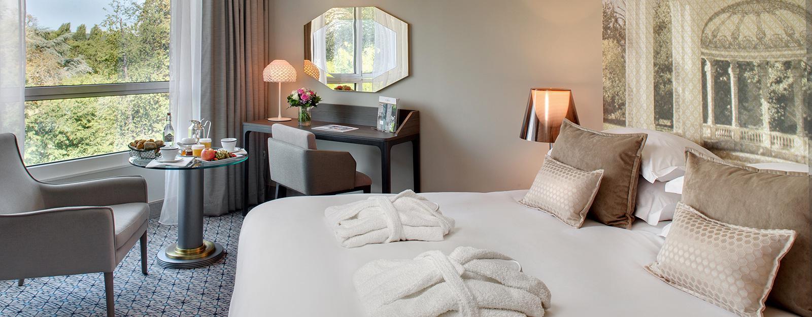 hotel-de-luxe-auvergne-france-vichy-chambre