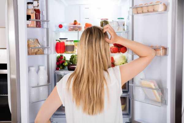 Что нельзя хранить в холодильнике?
