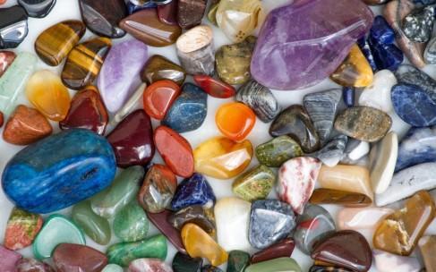 Камни по знакам Зодиака: как выбирать?