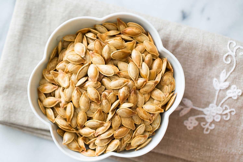 roasted-pumpkin-seeds-horiz-a-1500
