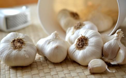 Что такое аллицин? И как он может помочь здоровью?