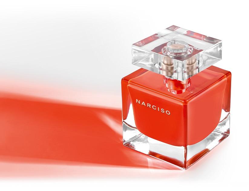 NARCISO-eau-de-toilette-rouge-creative-visual-Narciso-Rodriguez-Parfums