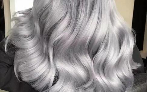 Каким девушкам подойдет пепельный цвет волос?