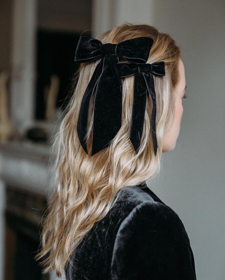 Романтичные банты и ленты — главные аксессуары для волос