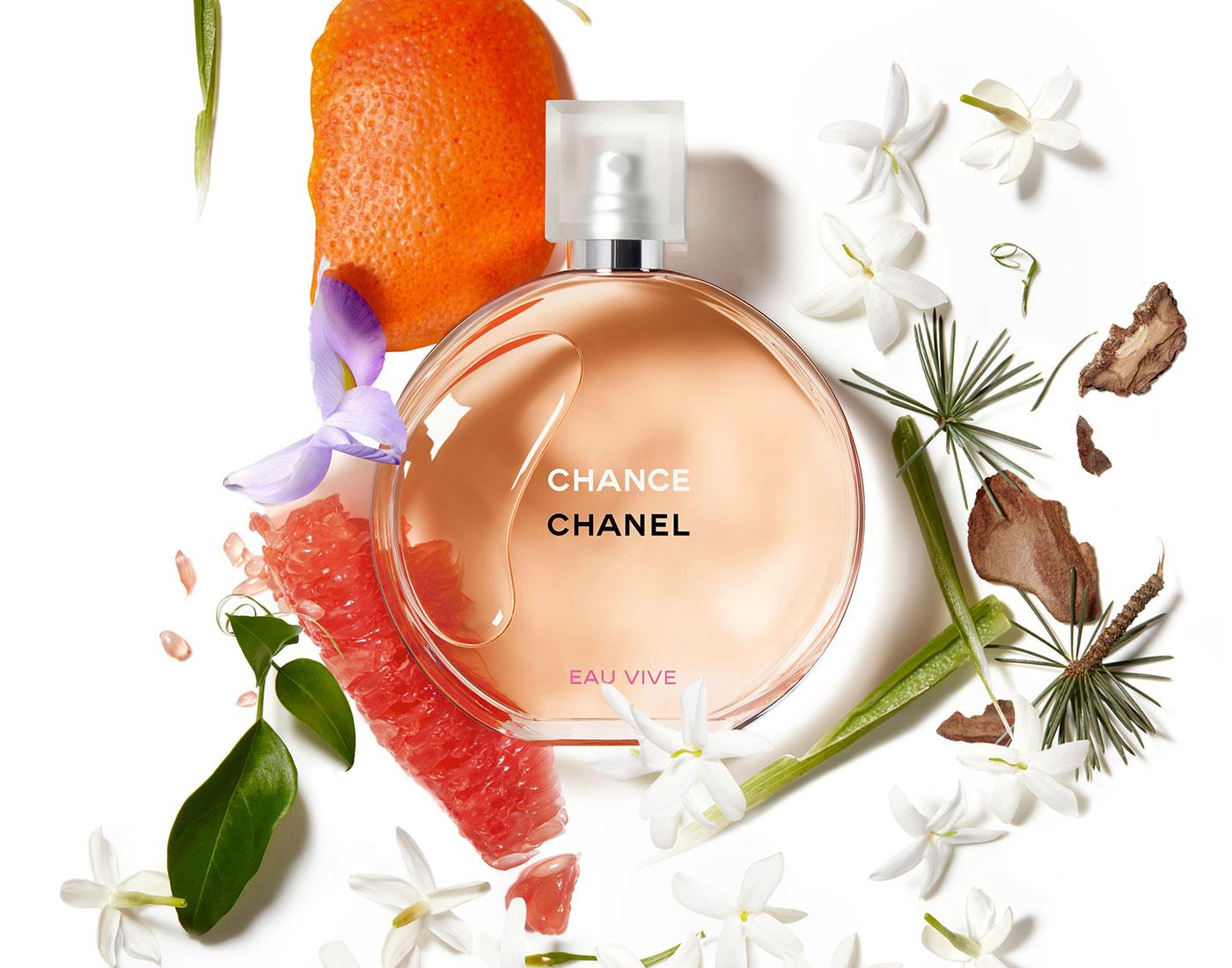 Новинки Chanel для активных девушек - Мода