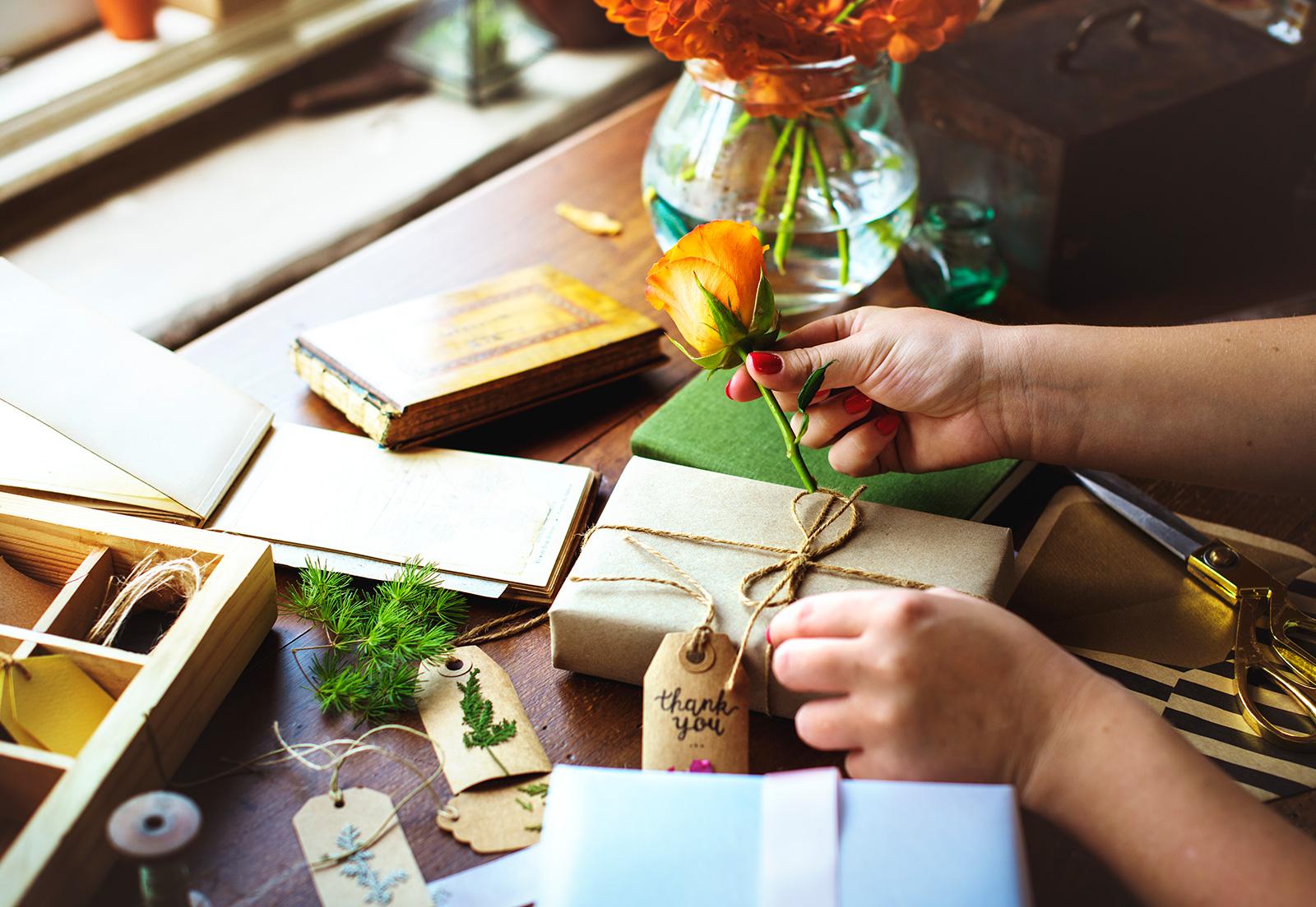 Простые идеи упаковки подарка к 23 февраля