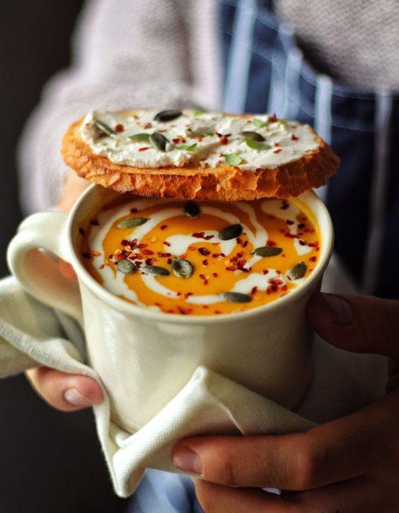 Быстрый и простой рецепт: суп-пюре из моркови