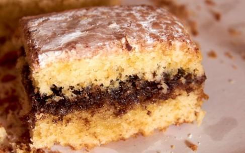 Пирог с белым шоколадом и корицей