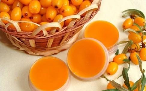 Облепиховое масло: полезные свойства и состав