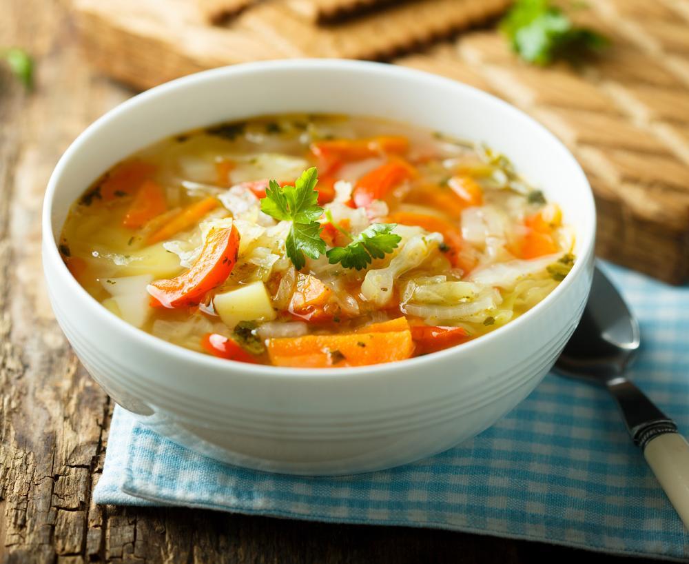 Как приготовить овощной суп?