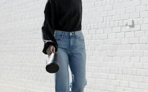 «Джинсы мом»: как и с чем их носить?