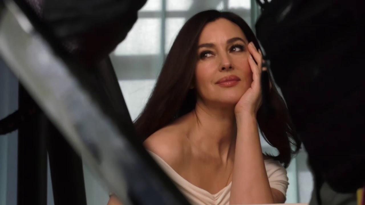 Моника Белуччи в рекламе недорогого бренда