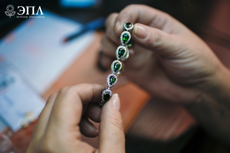 Яркий «Blossom» от «ЭПЛ. Якутские бриллианты» 