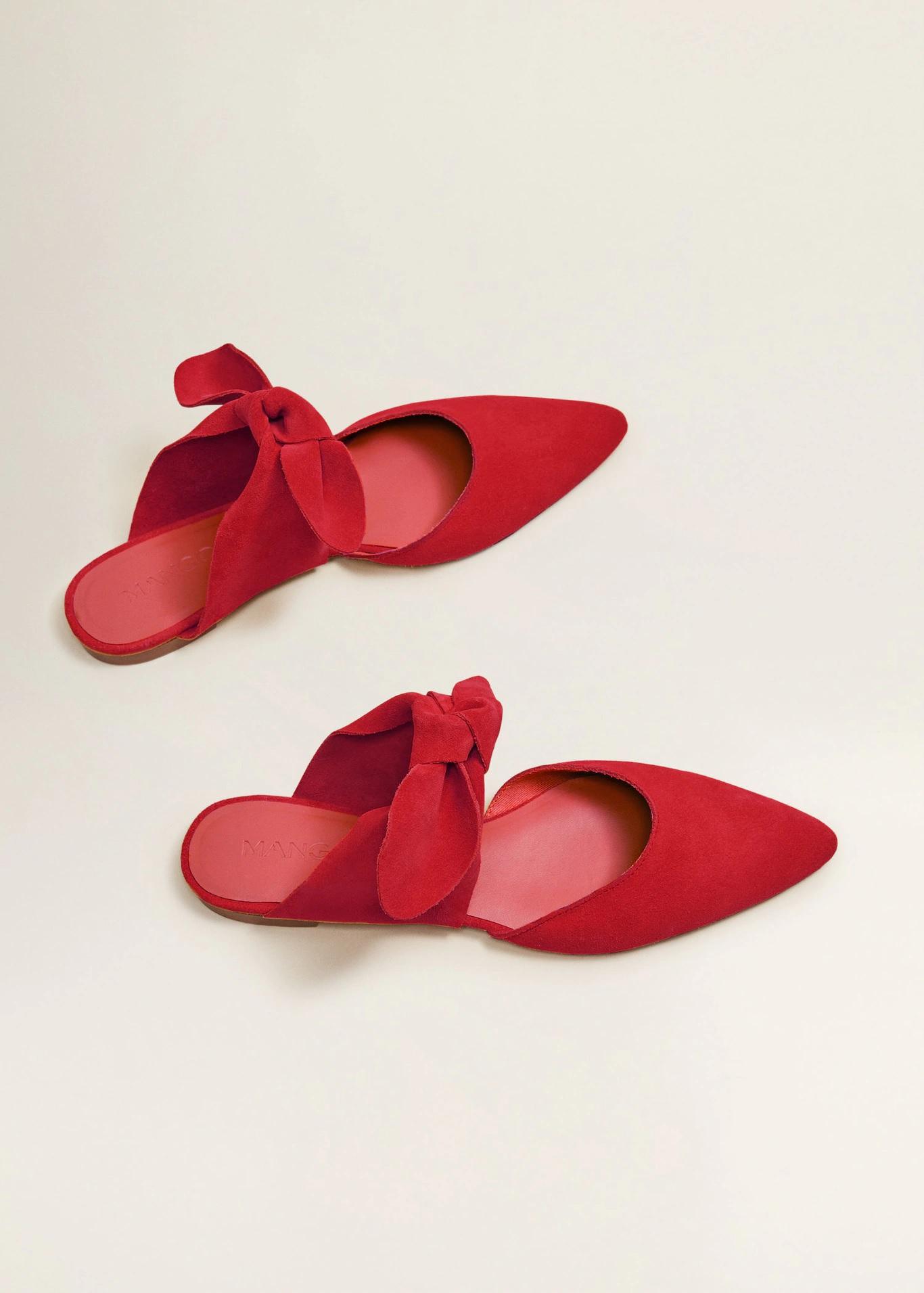 Стильные туфли с бантами — тренд весны