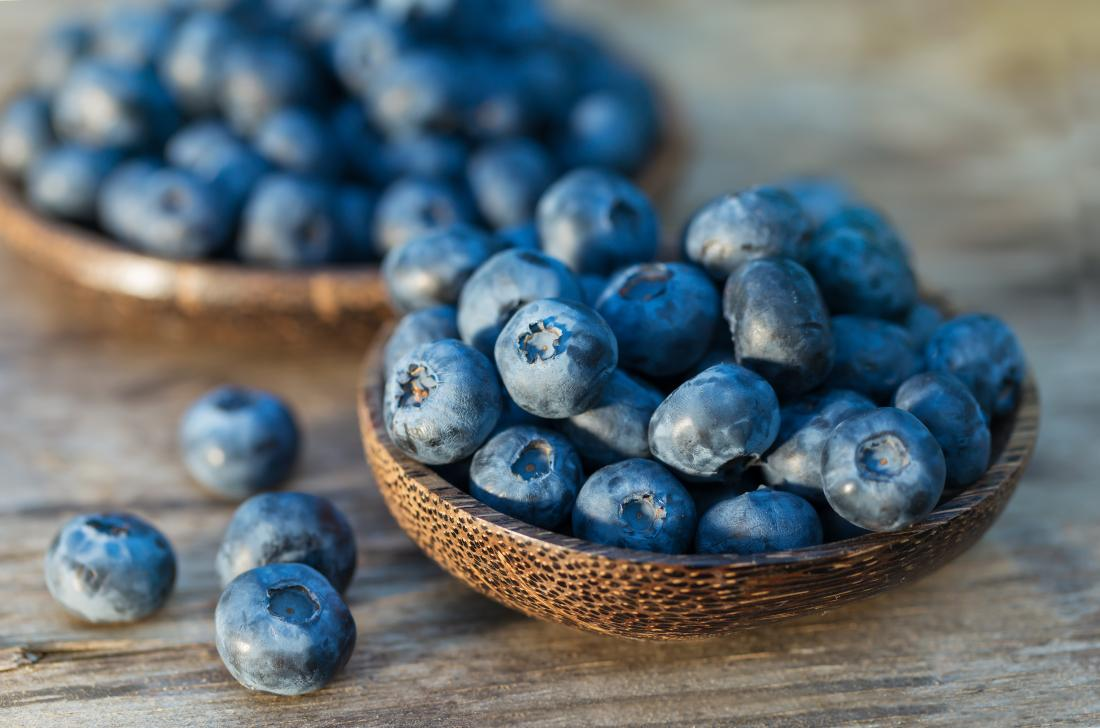 blueberries-in-a-bowl-to-boost-immune-system
