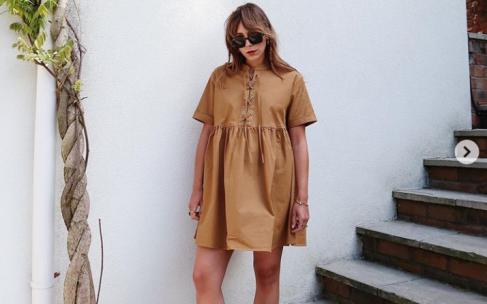 Платье-футболка: с чем его носить?