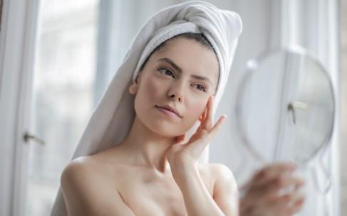 Месяц без макияжа: что будет с вашей кожей?