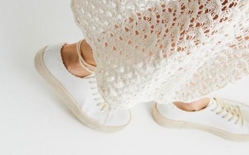 Модное сочетание: юбки и обувь на плоской подошве