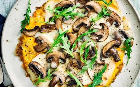 Сковорода и рецепт: быстрый омлет с грибами