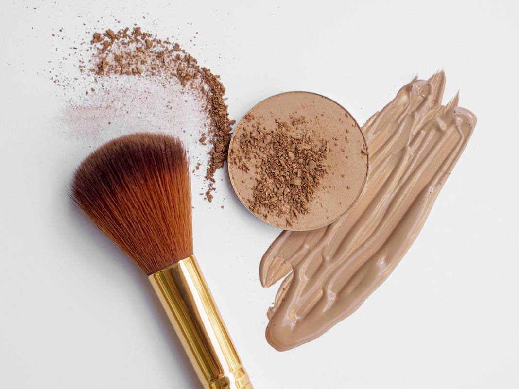 Какая бывает база под макияж и зачем она нужна?