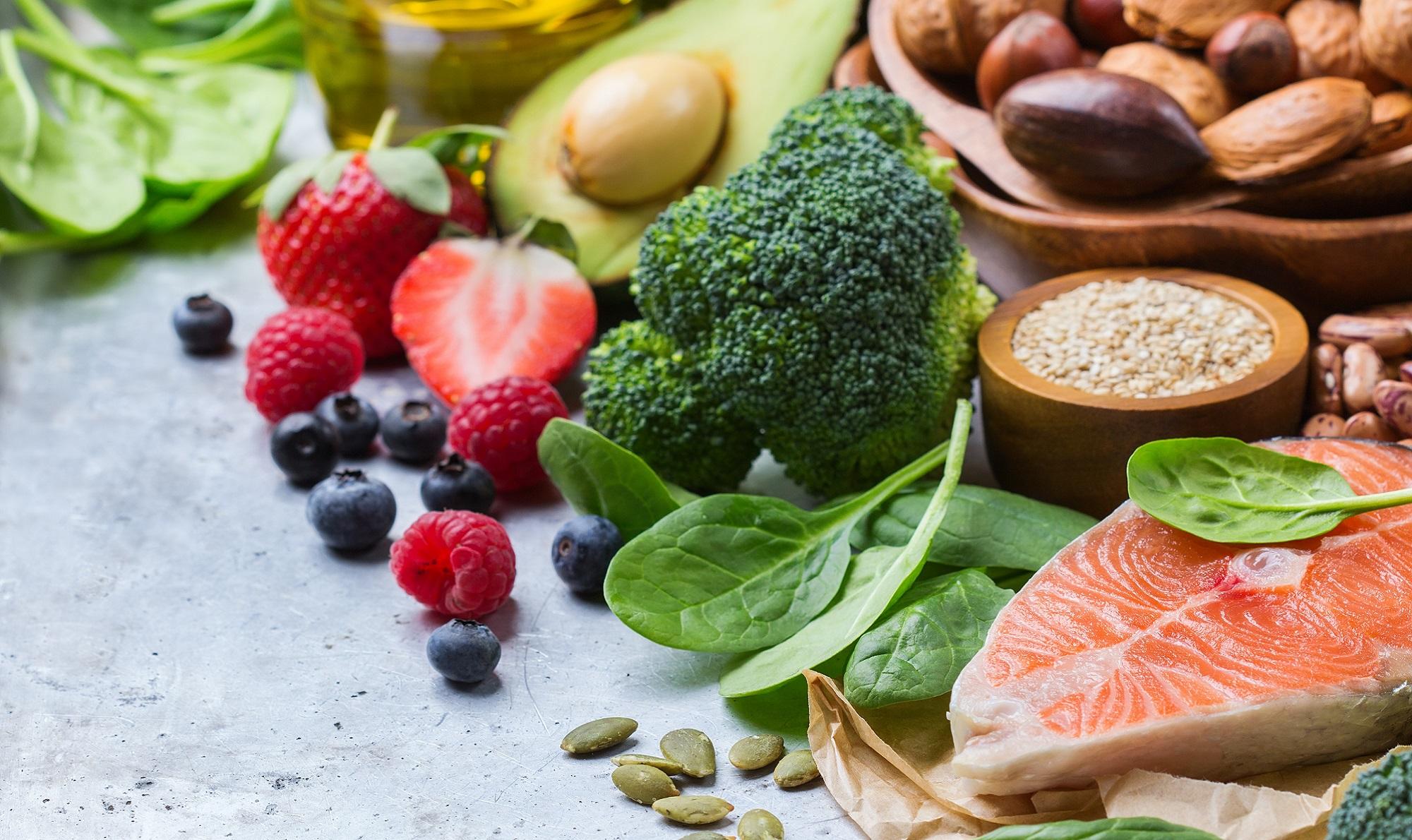 brokula-riba-orasasti-plodovi-maslinovo-ulje-2000_5988205306d91